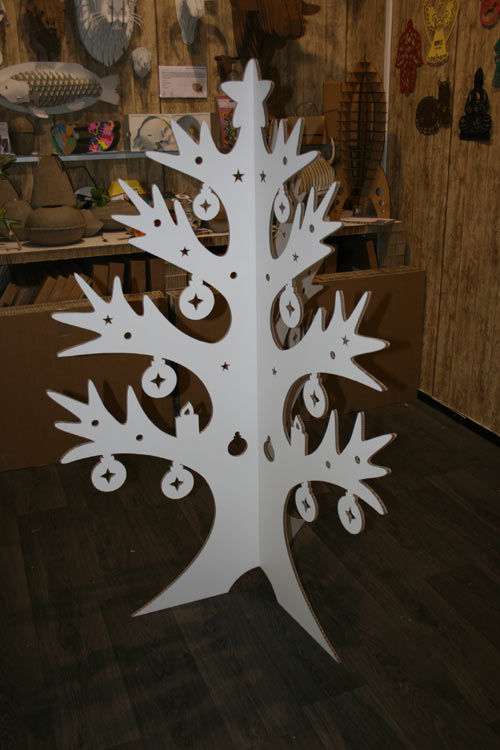 http://plugin.myshop.com/images/shop1828400.pictures.3Dkerstboom3delen.jpg