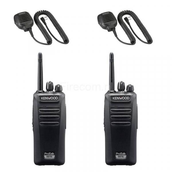 Set van twee Kenwood TK-3401 portofoons met handmicrofoons