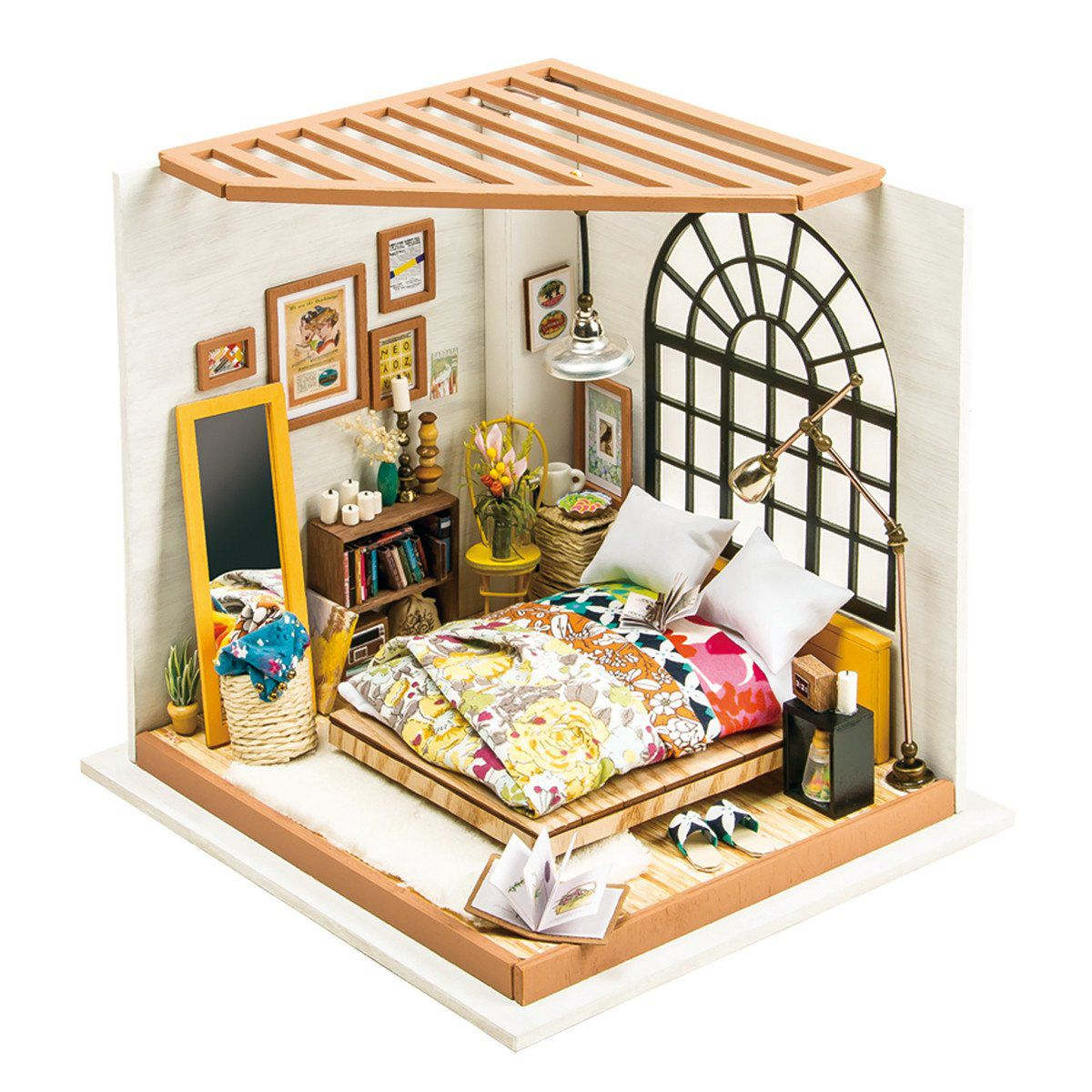 Alice Dreamy bedroom