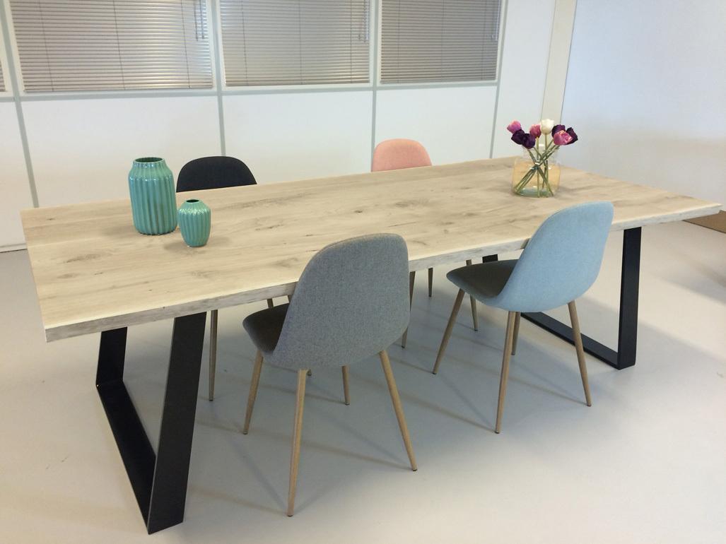 specialist in houten tafels eiken