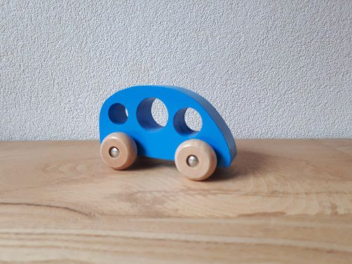 http://plugin.myshop.com/images/shop3783300.pictures.autoblauw.jpg