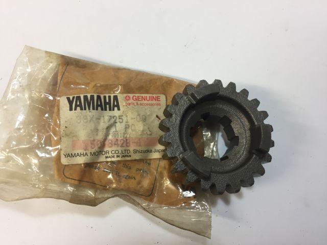 Gear sprocket - versnellingsbak tandwiel