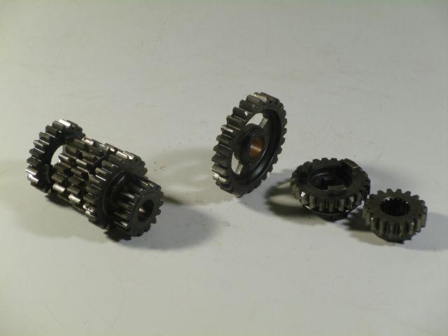 sprockets gearbox - versnellingsbak tandwielen