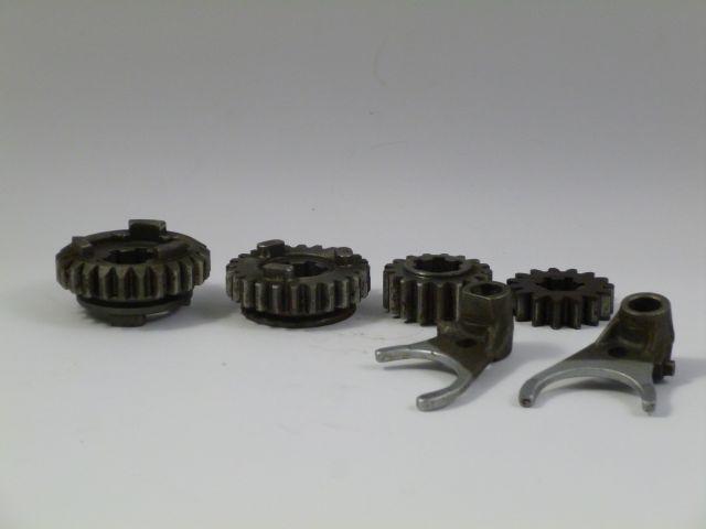 gearbox parts - versnellingsbak onderdelen