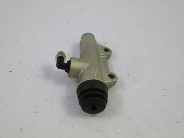 footbrake cilinder - remcilinder achter