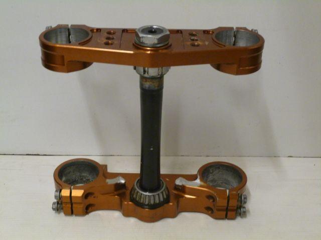 triple clamp - kroon platen