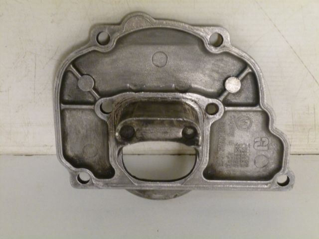 intermediate flange - powervalve cover front