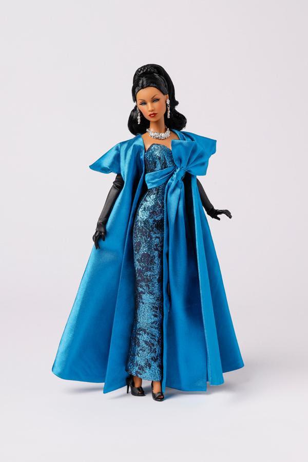 Winter Shimmer, Lady Aurelia Grey