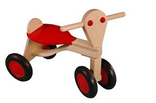 http://plugin.myshop.com/images/shop5286400.pictures.180-loopfiets-berken-rood1.jpg