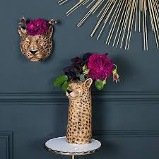 <span style=&#34;font-family:'courier new', courier, monospace;&#34;>Wild animal vases PRE-ORDER</span>