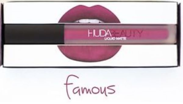 http://plugin.myshop.com/images/shop5876700.pictures.Huda-lipstick-matte-lichtpaars-famous.medium.jpg