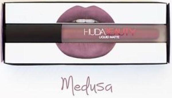 http://plugin.myshop.com/images/shop5876700.pictures.Huda-lipstick-matte-parelmoerpaars-Medusa.medium.jpg